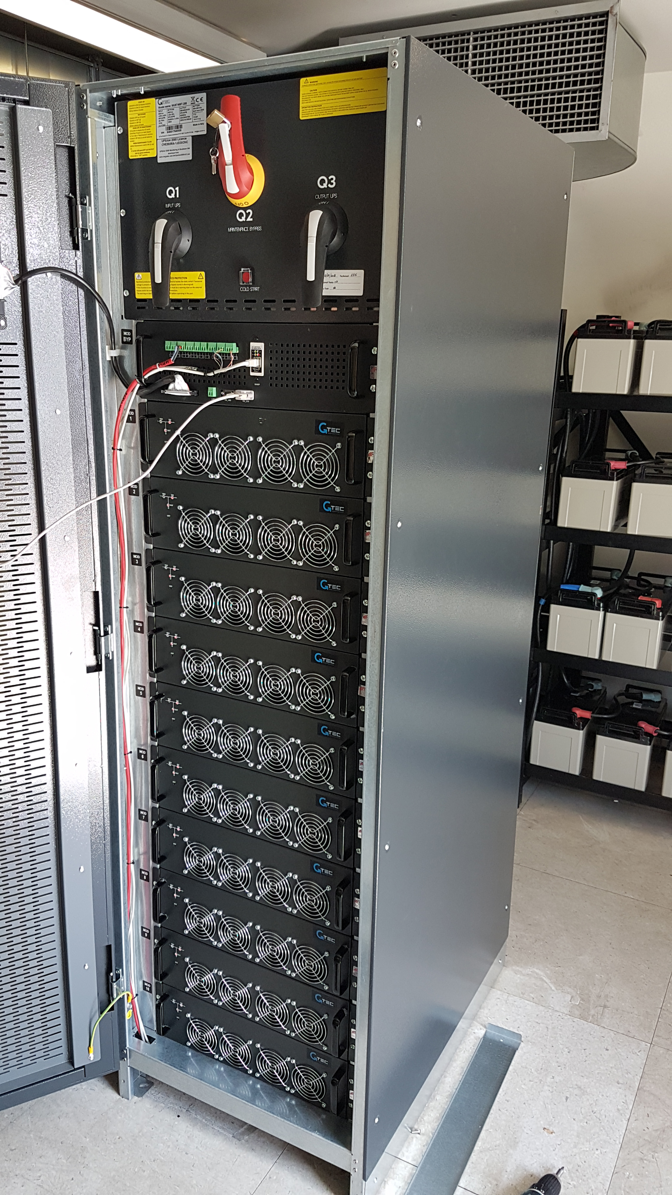 UPS 200kVA